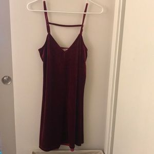 Velvet maroon mini dress (S)